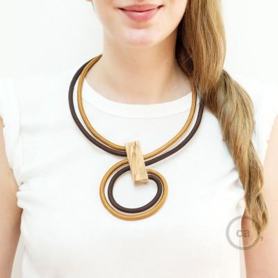 Infinity, justerbart halsband i Whiskey RM22 och Brun RM13.